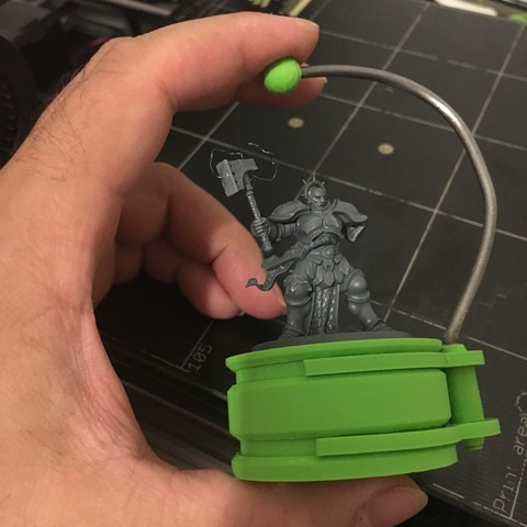IMG_2357.JPG Download STL file miniature painting hand holder • 3D printing object, Stenoxp