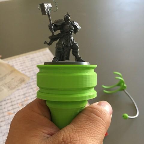 Archivos 3D sostenedor de mano de pintura en miniatura, Stenoxp