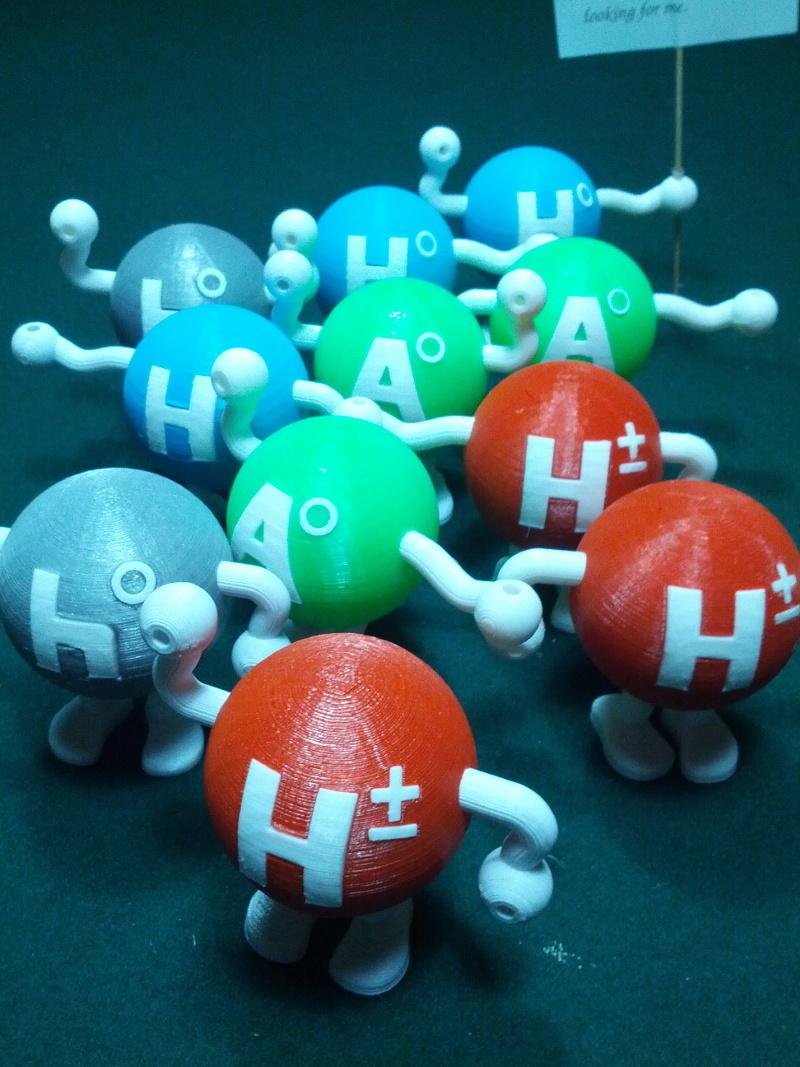 higgsgroupnear.jpg Télécharger fichier STL gratuit Modèle standard super-symétrique minimal bosons de Higgs • Objet imprimable en 3D, Mostlydecaf