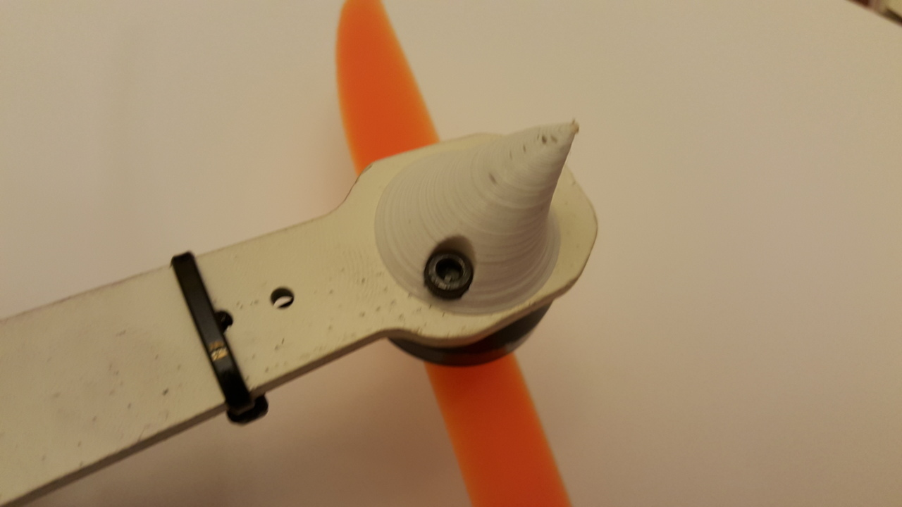 quad2.jpg Download free STL file ZMR250 Quadcopter Landing Gear Legs for Sunnysky 2204 Motors • 3D printable object, Mostlydecaf