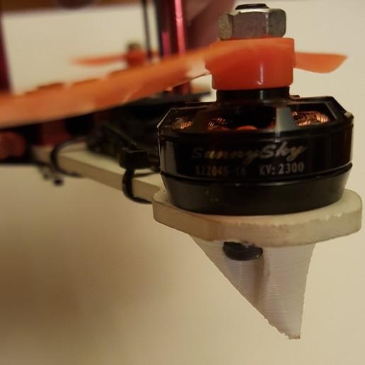 quad4.jpg Download free STL file ZMR250 Quadcopter Landing Gear Legs for Sunnysky 2204 Motors • 3D printable object, Mostlydecaf