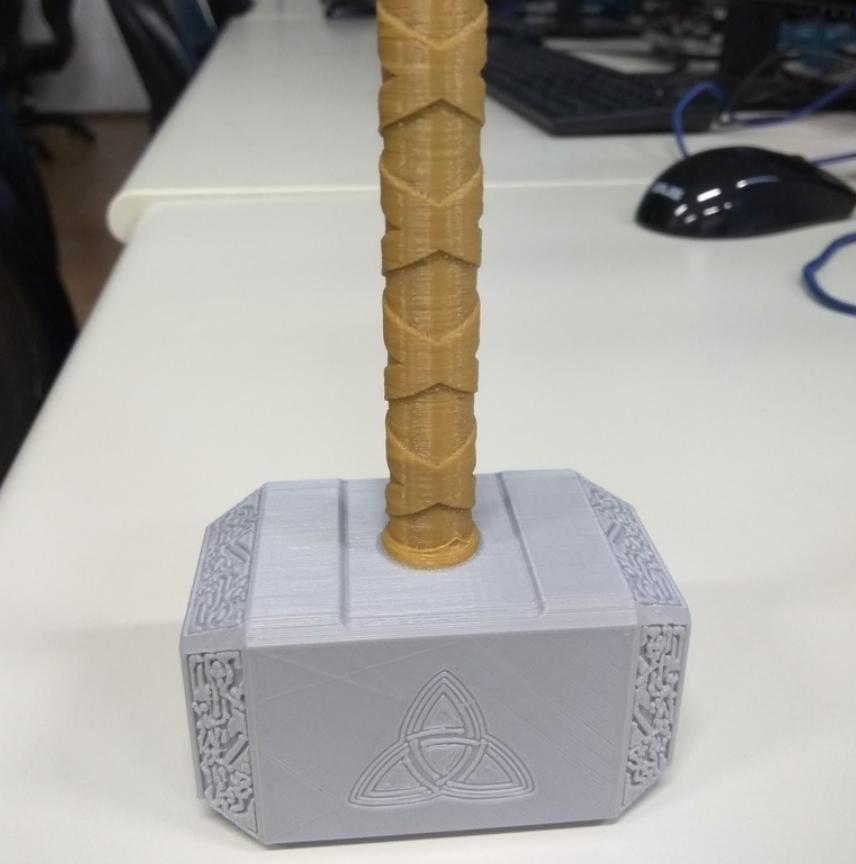 Capture d'écran 2018-01-08 à 15.13.55.png Download free STL file Thor Hammer • 3D printing design, NickChung