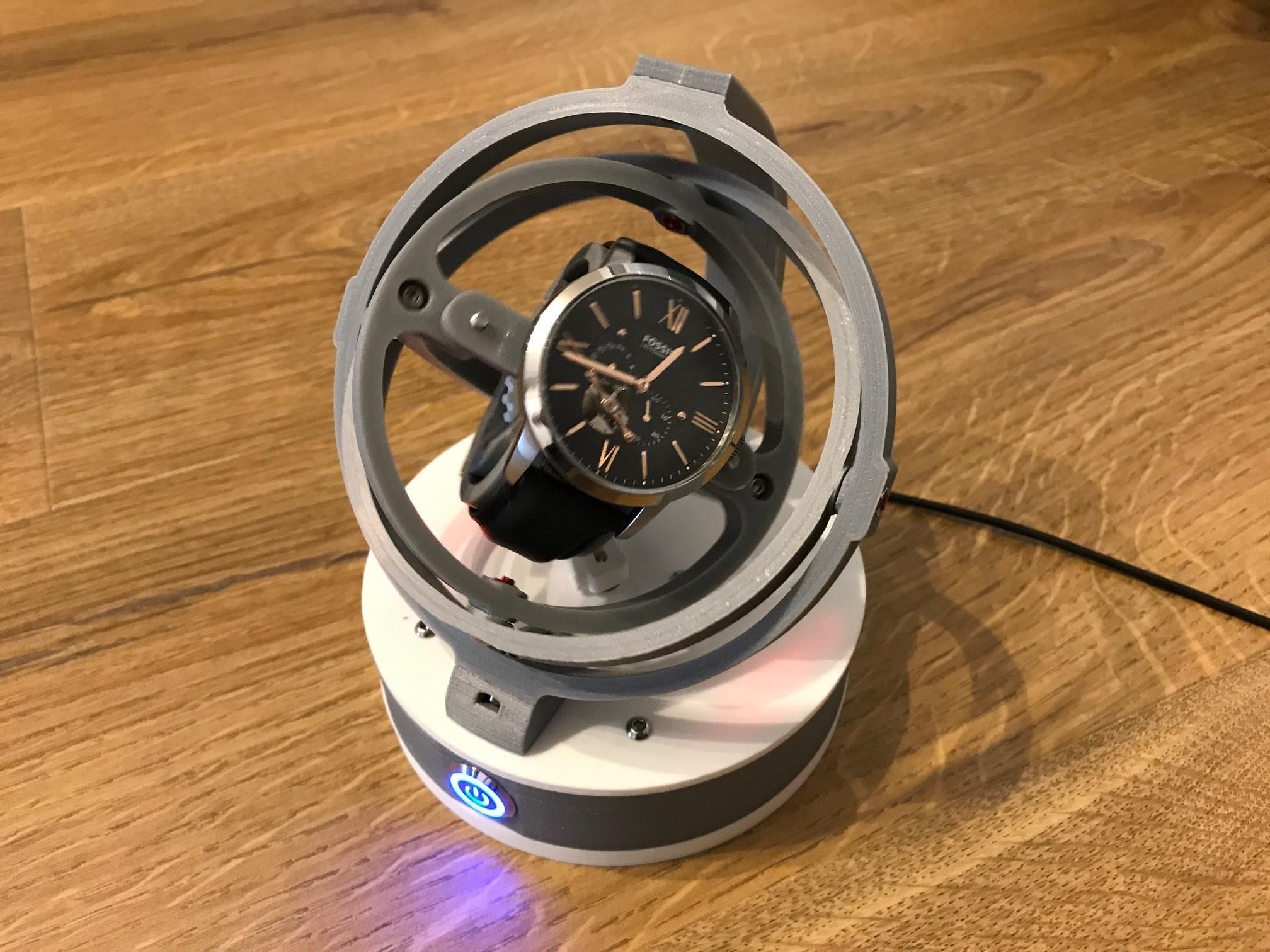 IMG_1485.JPG Télécharger fichier STL Gyro Winder / Watch Winder / Remontoir Montre • Objet pour impression 3D, NedalLive