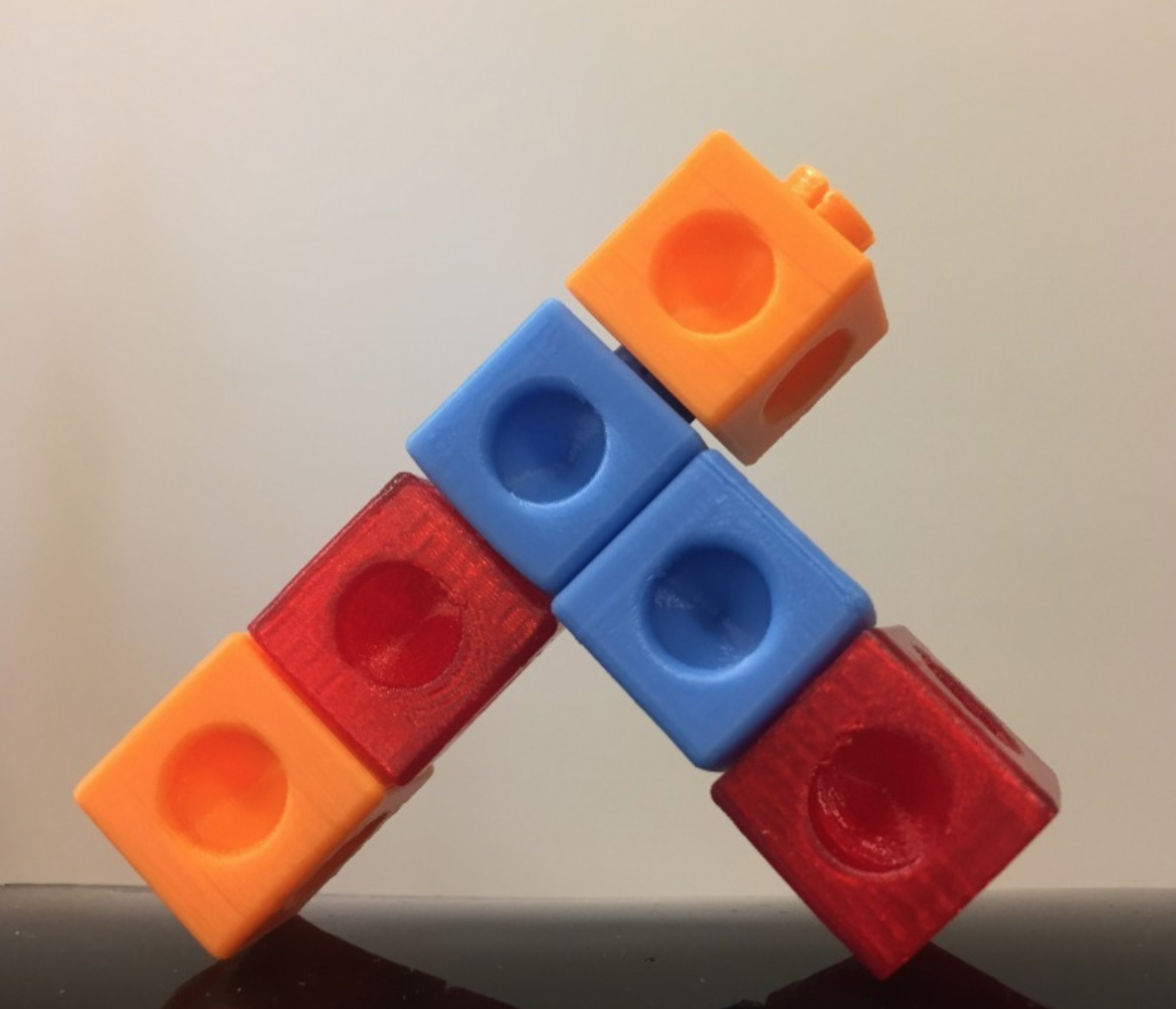 Capture d'écran 2017-12-26 à 18.51.14.png Download free STL file Snap cube, interlocking, math, snap cubes • 3D printable design, LGBU