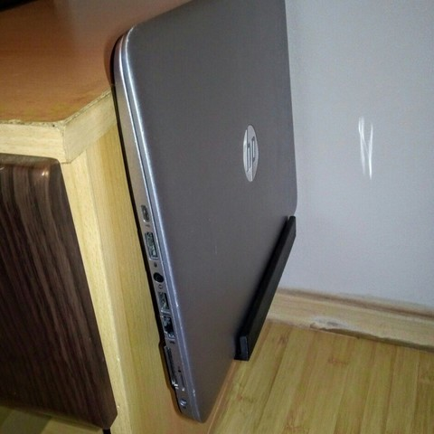 Download free 3D printer model Bedside Laptop/Tablet or Phone Shelf, MuSSy