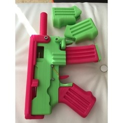 Download free 3D printer model AR 15 Fat & Short Grip (3mm Hole), MuSSy