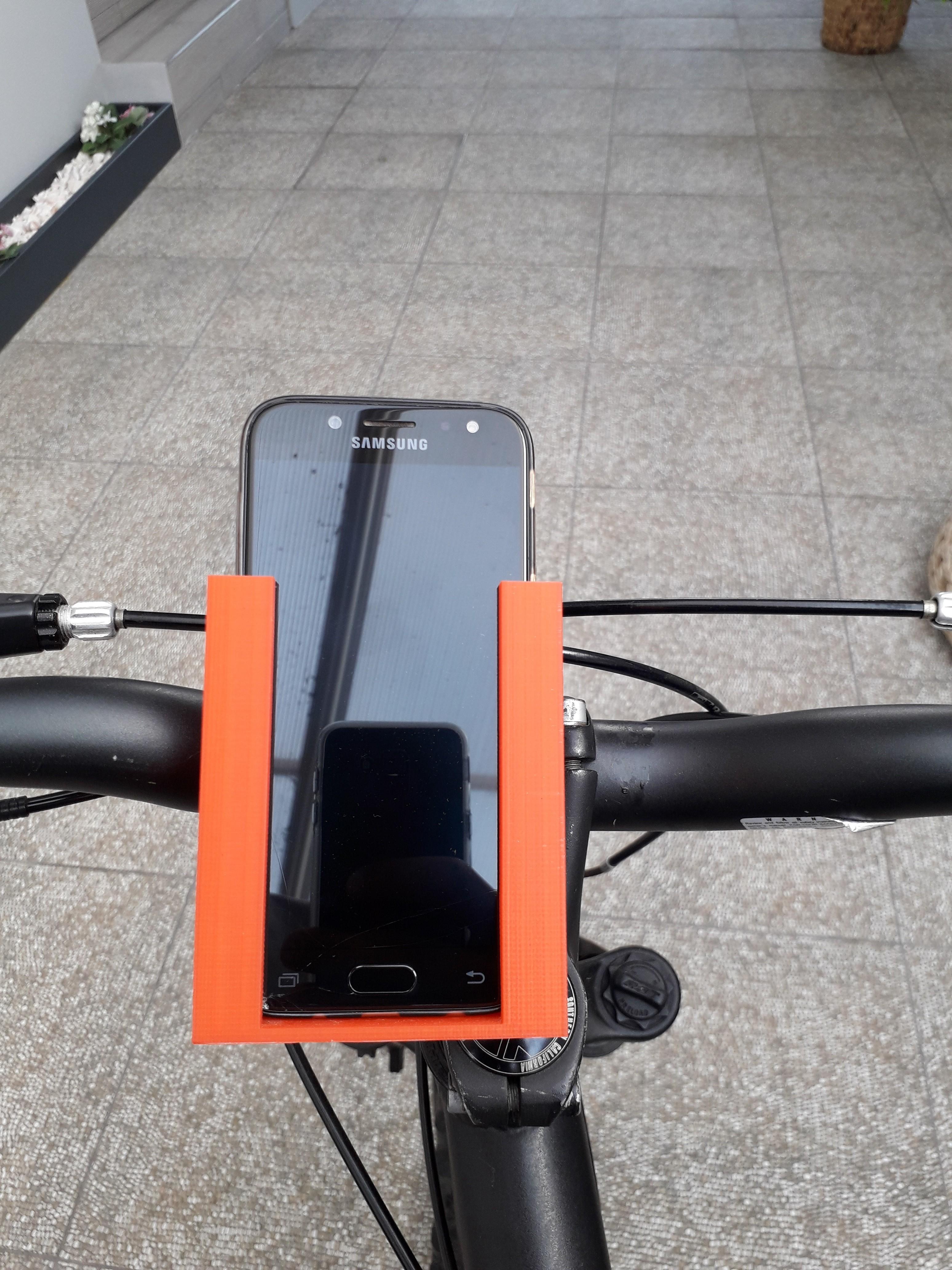 20180831_152238.jpg Download free STL file Stand Phone For Bike • 3D printing model, BrunoSilva