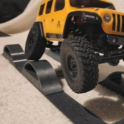bump track.jpg Download STL file Axial SCX24  RC crawler cross axle track • 3D printable template, lulu3Dbuilder