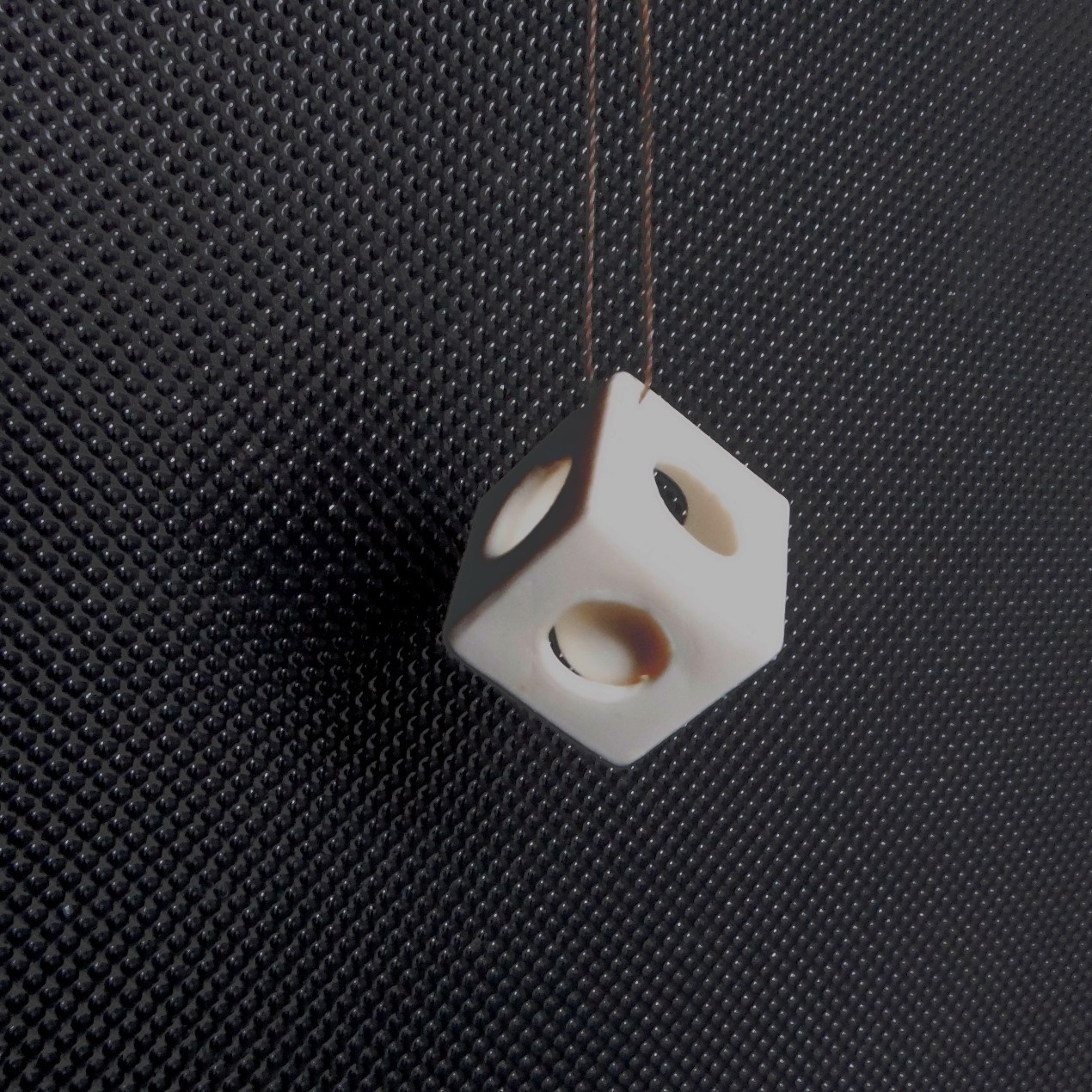 DSCF1123.JPG Download STL file A marble in a cube • 3D printing design, Papy_Boum