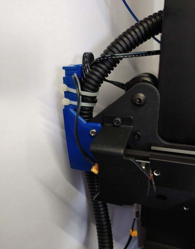 IMG_20200405_162832.jpg Télécharger fichier STL gratuit Porte-câble avec pince • Modèle pour impression 3D, rovanni