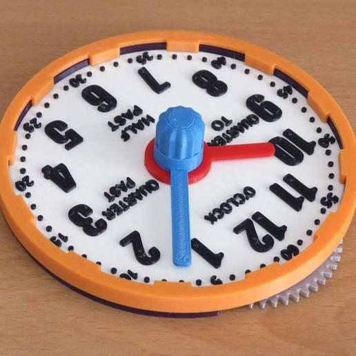 geared_learning_clock_2.jpg Télécharger fichier STL gratuit Horloge d'apprentissage à engrenages • Modèle à imprimer en 3D, ecoiras