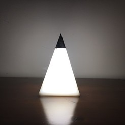 3D printer files Pyramid's light LED 230V for bedroom or office, AlDei