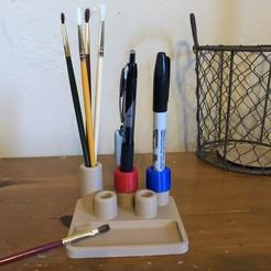 Free 3D printer designs Art Caddy with USB Storage, MeesterEduard