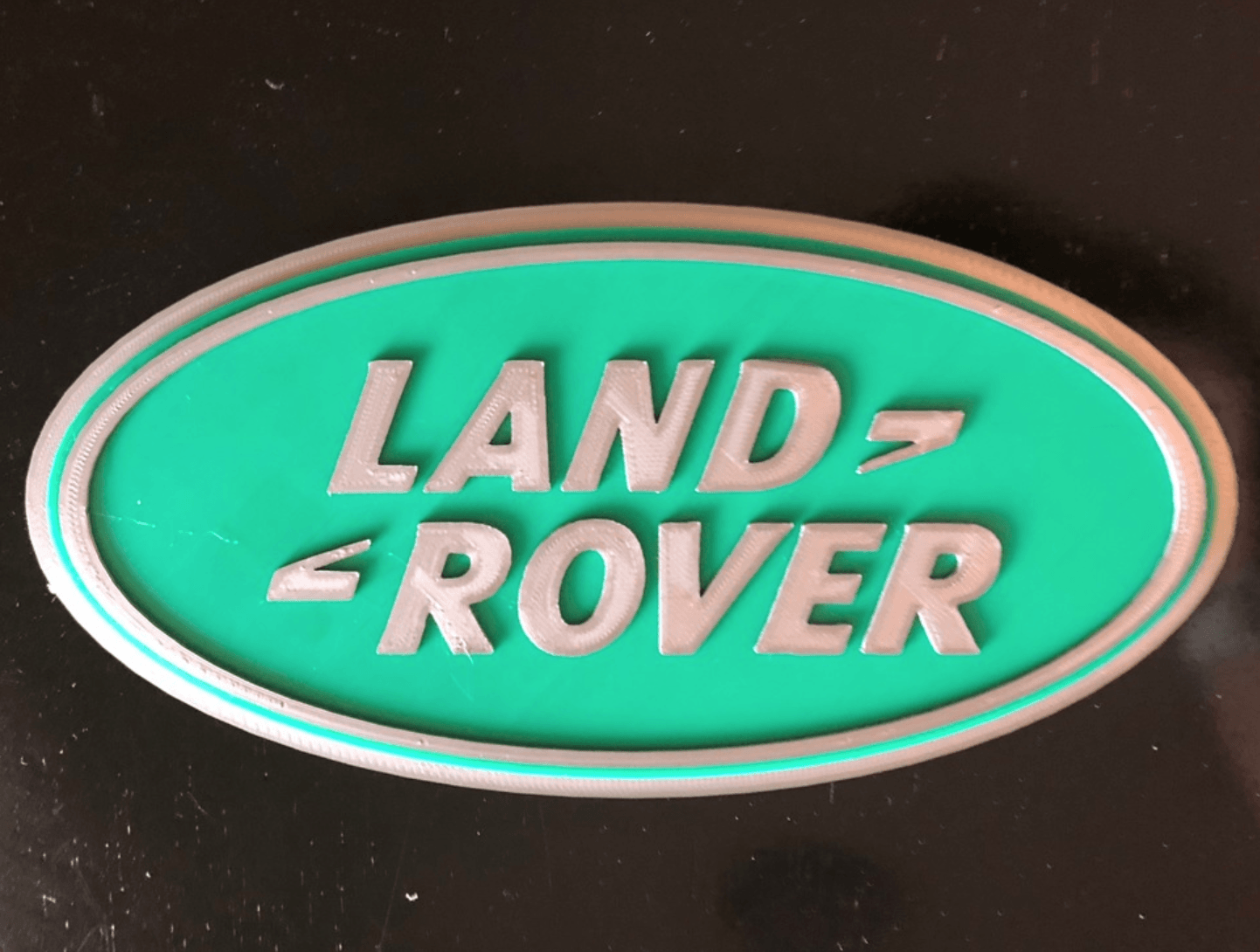Capture d'écran 2018-05-24 à 12.29.23.png Download free STL file Land Rover Logo Sign • 3D printing design, MeesterEduard