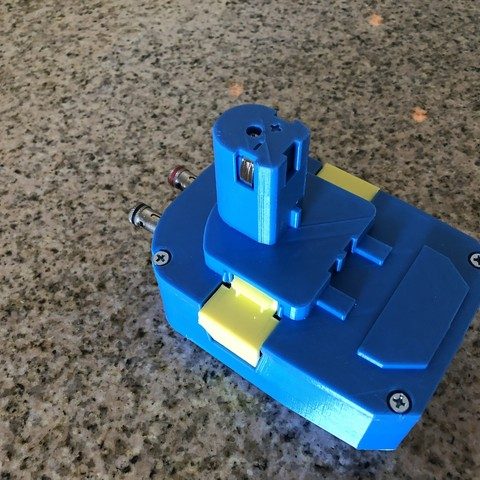 IMG_1696.jpg Download free STL file Ryobi Battery Pack to AC Adapter • 3D print object, MeesterEduard