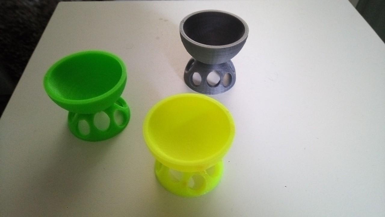 P_20190211_122848.jpg Download free STL file egg cup • 3D printing design, rfbat