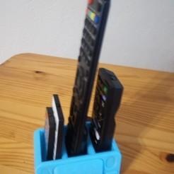 Download free STL file Remote control holder, rfbat