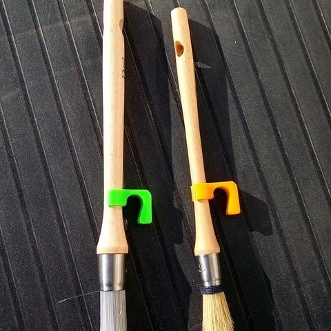 Download free 3D printer files Brush holder Brushes, rfbat