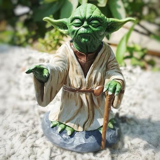 7.jpg Télécharger fichier OBJ gratuit Yoda HD StarWars • Modèle pour impression 3D, 3d-designs
