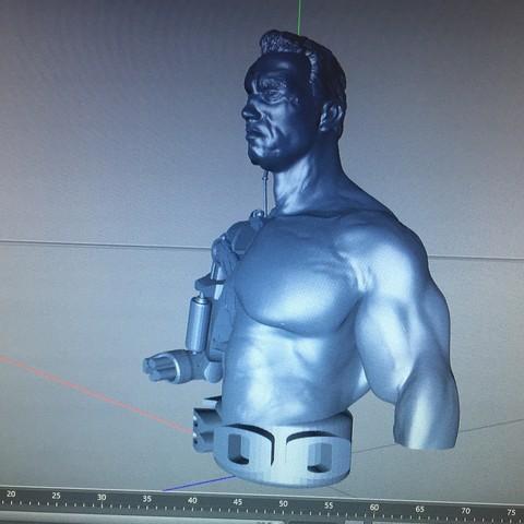 Fichier imprimante 3D terminator t800  50%50% arnold .., mda33
