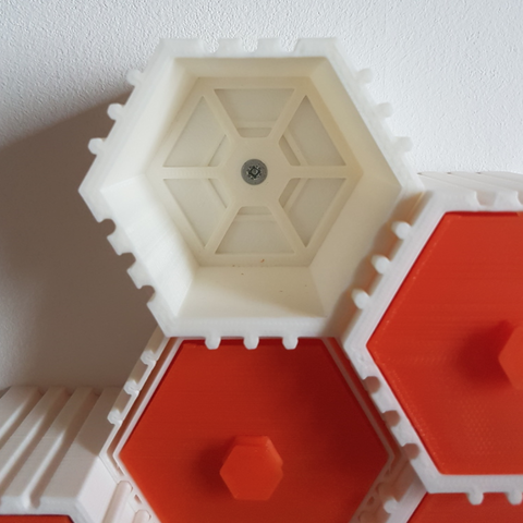 Capture d'écran 2018-01-26 à 15.05.50.png Download free STL file The HIVE - Module with wall mount back • 3D printing template, atu