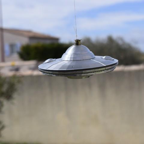 Descargar archivo 3D Platillo volante con suspensión para OVNIs, imagin3D