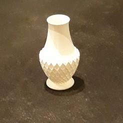 myvase2.jpg Télécharger fichier STL Joli petit vase • Modèle à imprimer en 3D, Toos