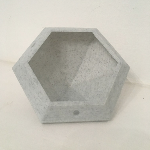 Capture d'écran 2018-02-01 à 10.36.07.png Download free STL file Diamond Hanging Planter • 3D print template, ranibizumab