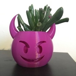 Free STL files Devil Emoji Planter / Pen Pot, ranibizumab