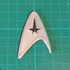 IMG_20171119_145454.jpg Download free STL file Starfleet Deltashield Kelvin timeline wearable • 3D printer object, Hazendonk