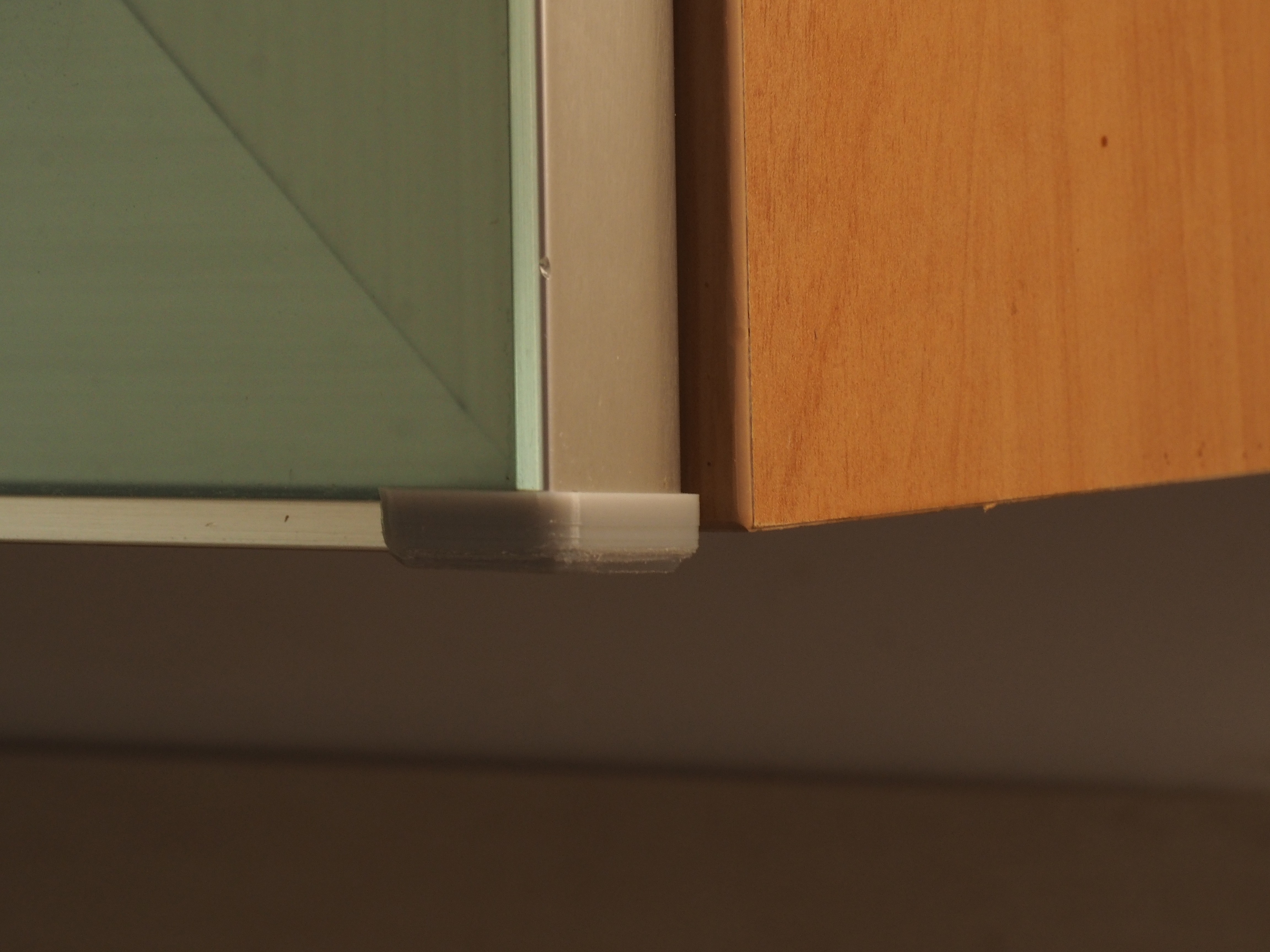 P8040010.JPG Download STL file Kitchen corner protection Schmitt • 3D printing model, Abahli