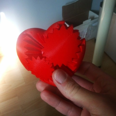 Free 3D printer designs heart has gear, Davidfilmmaker