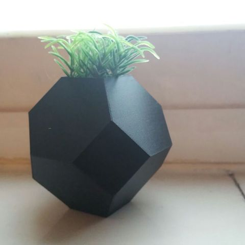 objet 3d Mini jardinière, solunkejagruti