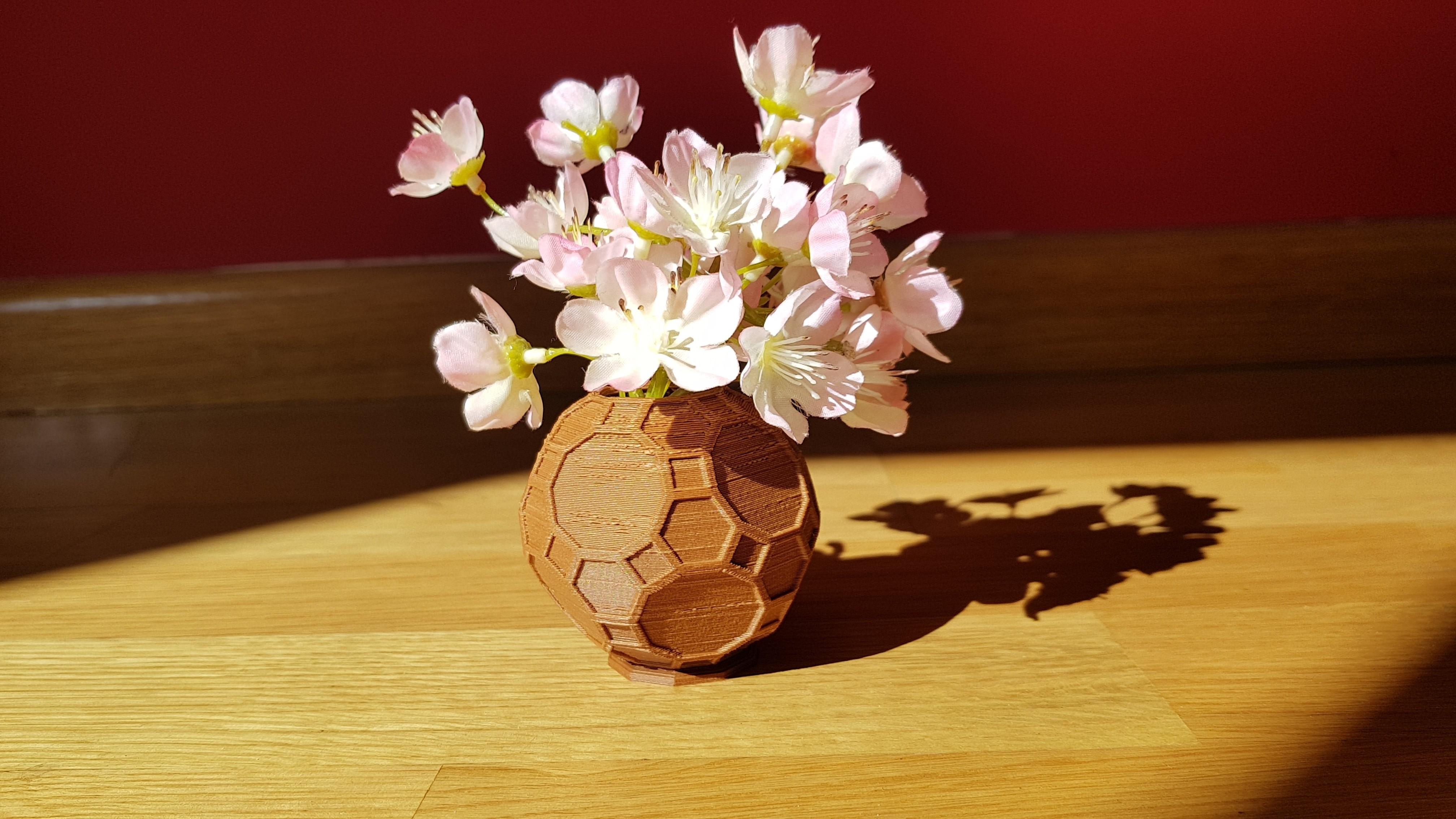 20180312_110446.jpg Download free STL file Geometric mini planter • 3D printable object, solunkejagruti