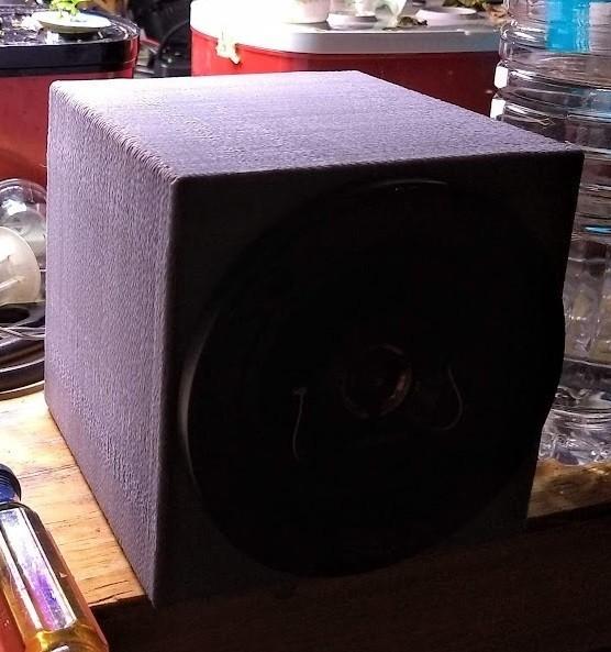 "Second4InchSpeaker.jpg Download free STL file Enclosure for 4"" car speaker • 3D printing model, lreinhart"