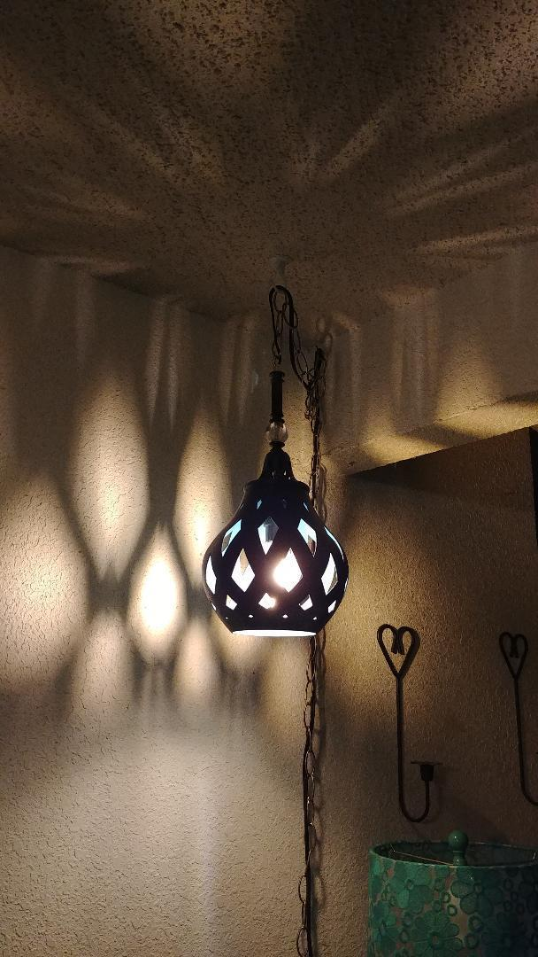 lamp.jpg Télécharger fichier STL gratuit Lampe à suspension • Plan pour imprimante 3D, nixon_dottie