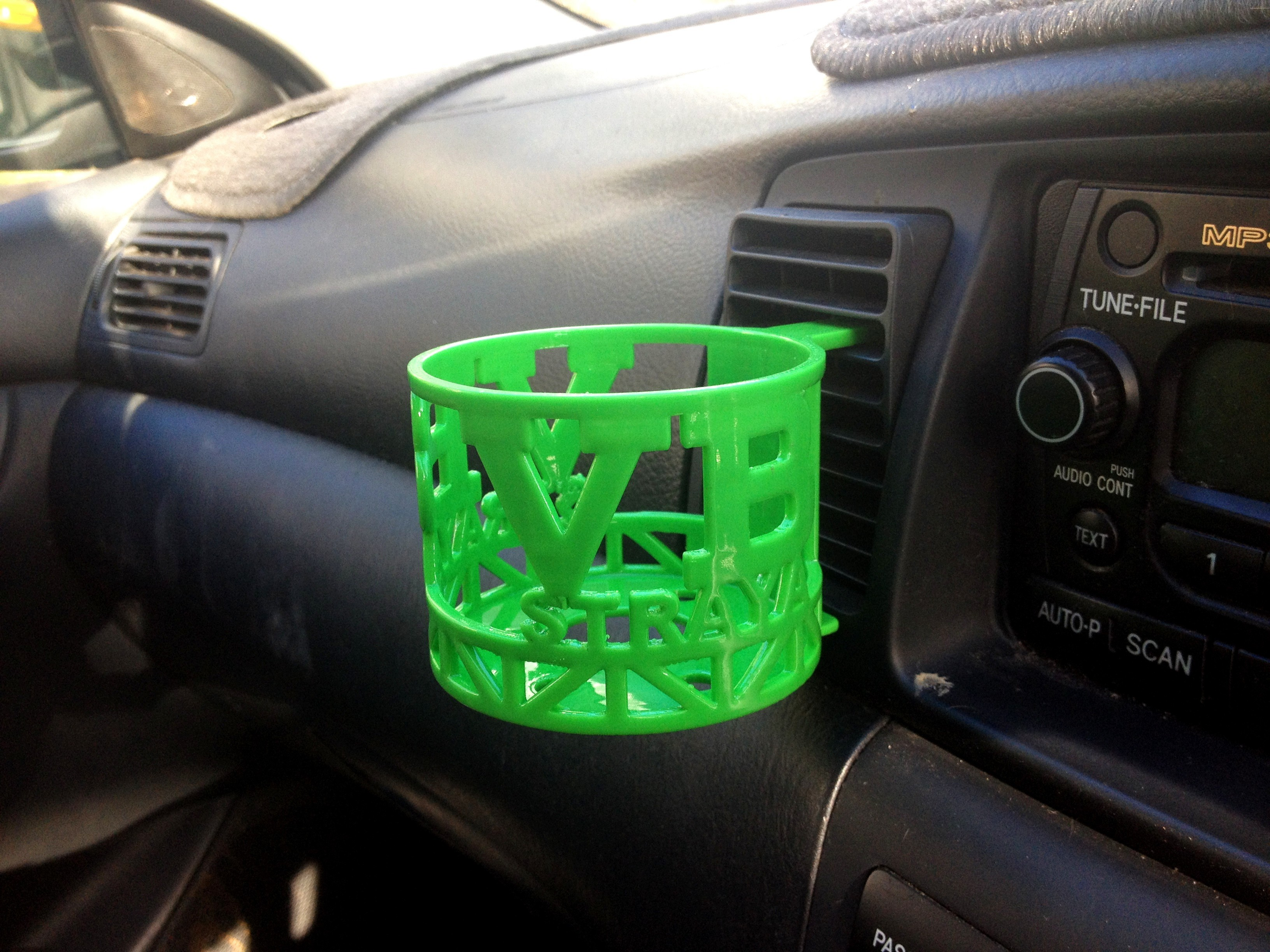 VB CAR Car.JPG Download STL file Aussie Car Cup Holder • Template to 3D print, Custom3DPrinting