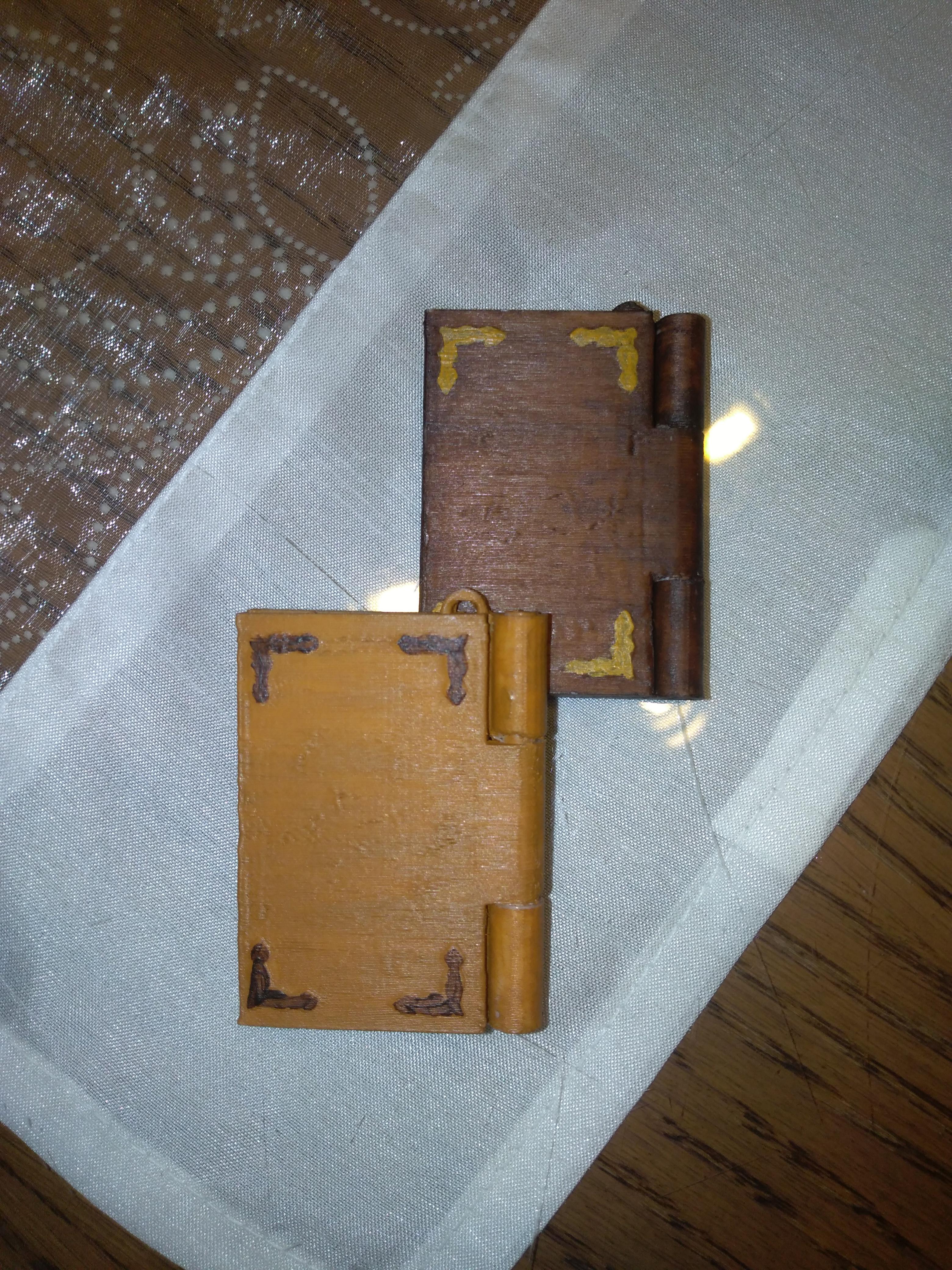 IMG_20190816_213601.jpg Download free STL file Memory book - lithophane • Design to 3D print, mrbarki7