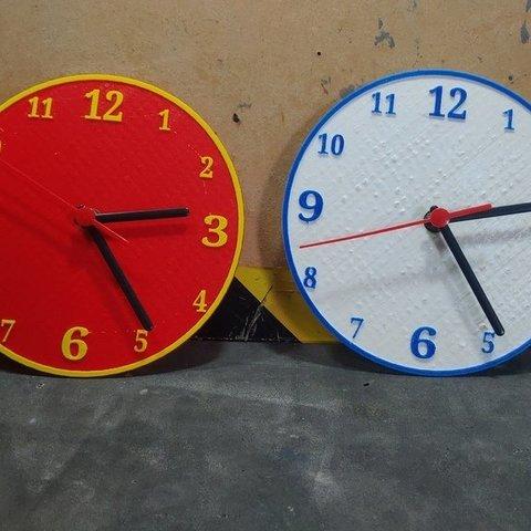 Plan imprimante 3D gatuit Relógio Horloge Clock, CircuitoMaker