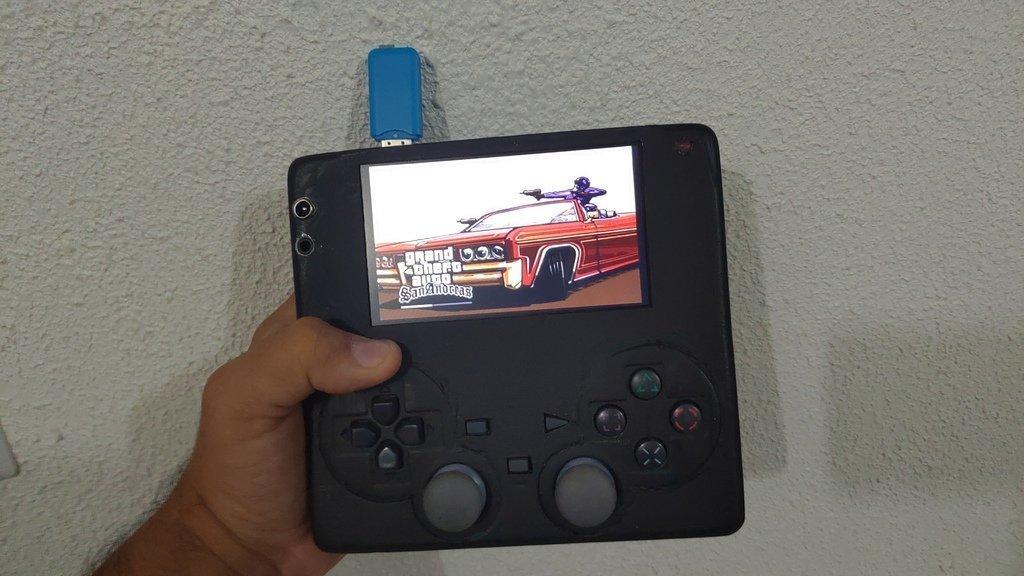 cd3733ae0c3eca9dbbeb9c08530e04e7_display_large.jpg Télécharger fichier STL gratuit PS2 PlayStation 2 • Objet à imprimer en 3D, CircuitoMaker