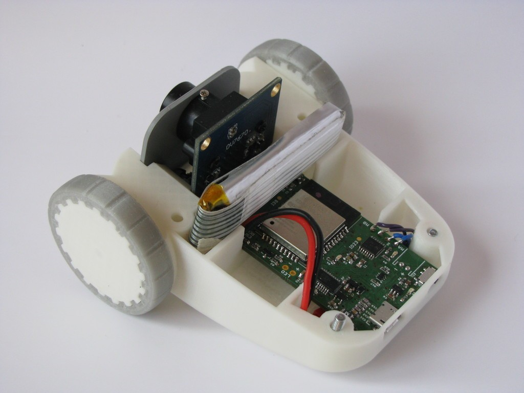 bcb160648a784b9bb839d7eef8dbabc5_display_large.JPG Download free STL file ESP32 WiFi Robot • 3D printing model, MaxMKA