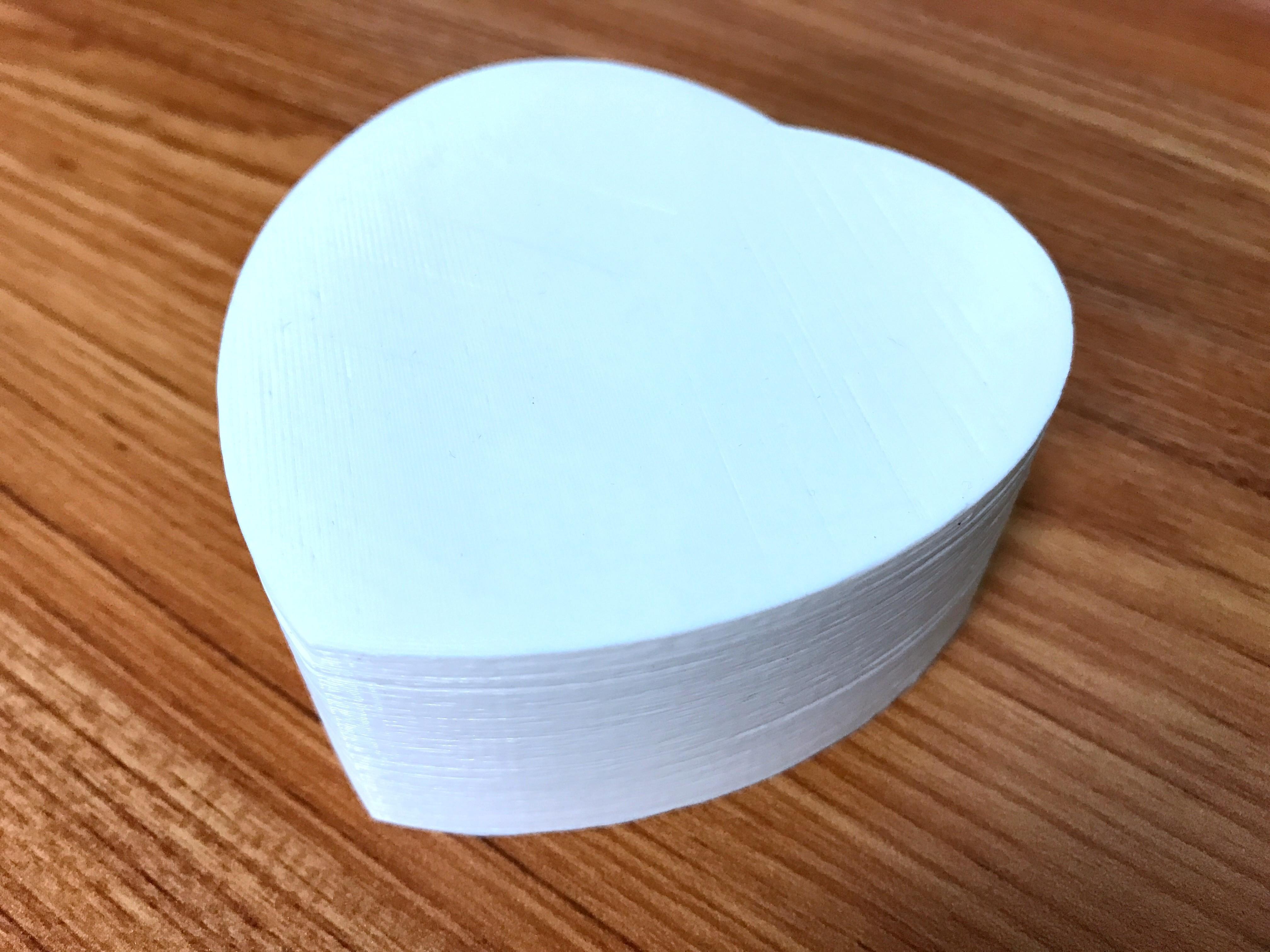 IMG_8087.JPG Télécharger fichier STL gratuit boîte en forme de coeur avec couvercle • Design pour imprimante 3D, 20524483