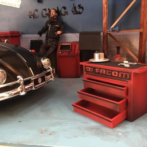 37681262_685632205121841_5595219695121727488_n.jpg Download free STL file FACOM maid 1/10 for garage 1/10 diorama • 3D printing model, RCGANG93