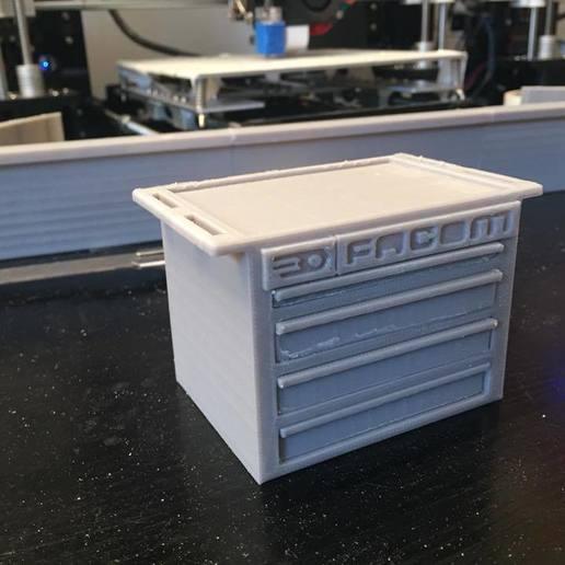 36925716_673748542976874_8726294014032084992_n.jpg Download free STL file FACOM maid 1/10 for garage 1/10 diorama • 3D printing model, RCGANG93