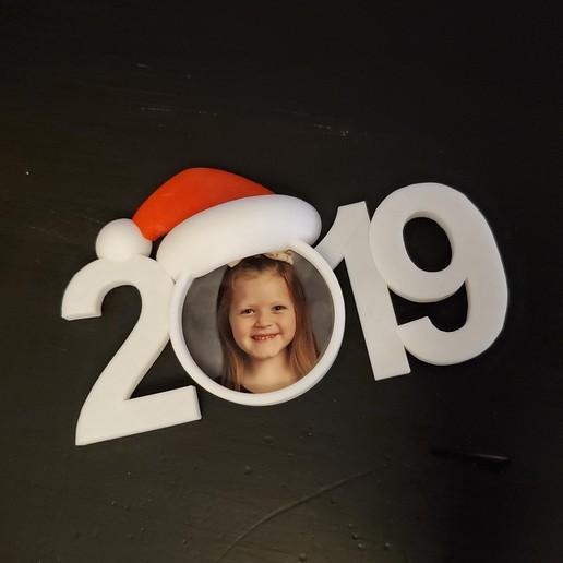 Télécharger fichier 3D gratuit 2019 photo de Noël 2019 ornement, stensethjeremy