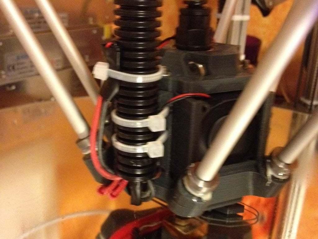 photo.jpg Télécharger fichier STL gratuit Effecteur delta avec joints magnétiques et ventilateurs • Modèle imprimable en 3D, volpiclaudio