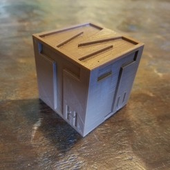 Free stl file Day Cube, CWCDesigns
