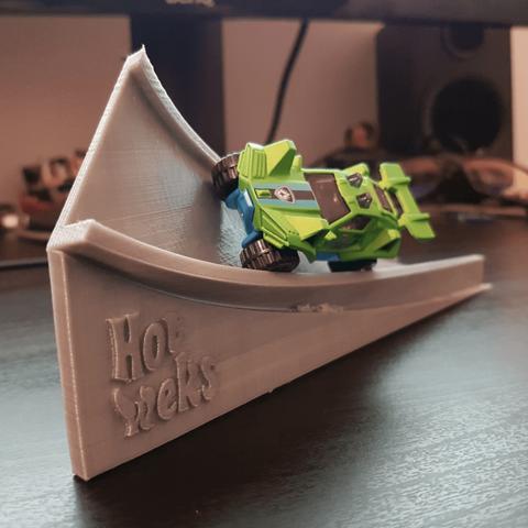 Free Hot Wheels Corkscrew Ramp 3D model, Wekster