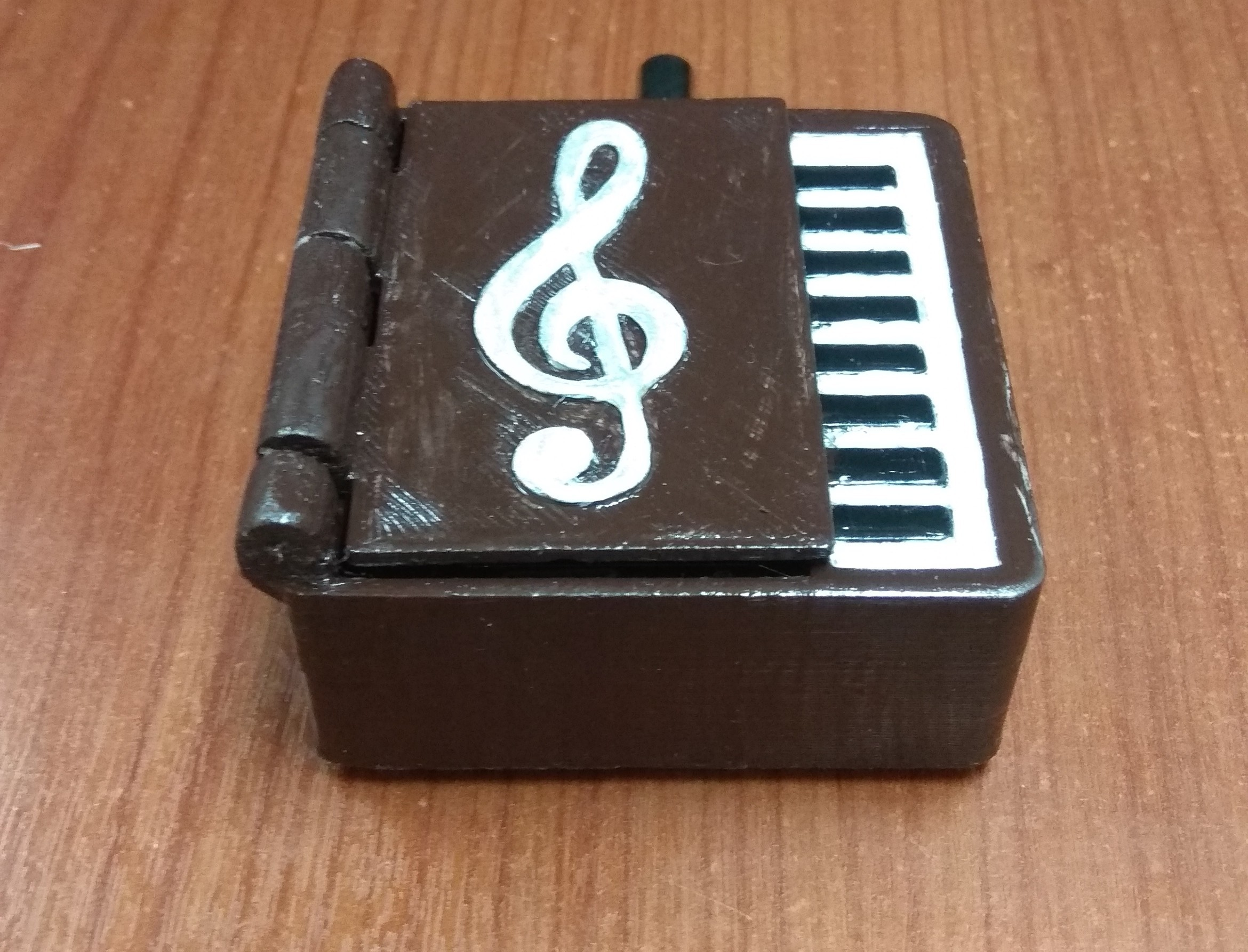 IMG_20180306_081737.jpg Download STL file Piano Hole Punch Music Box • 3D printable model, drk0027
