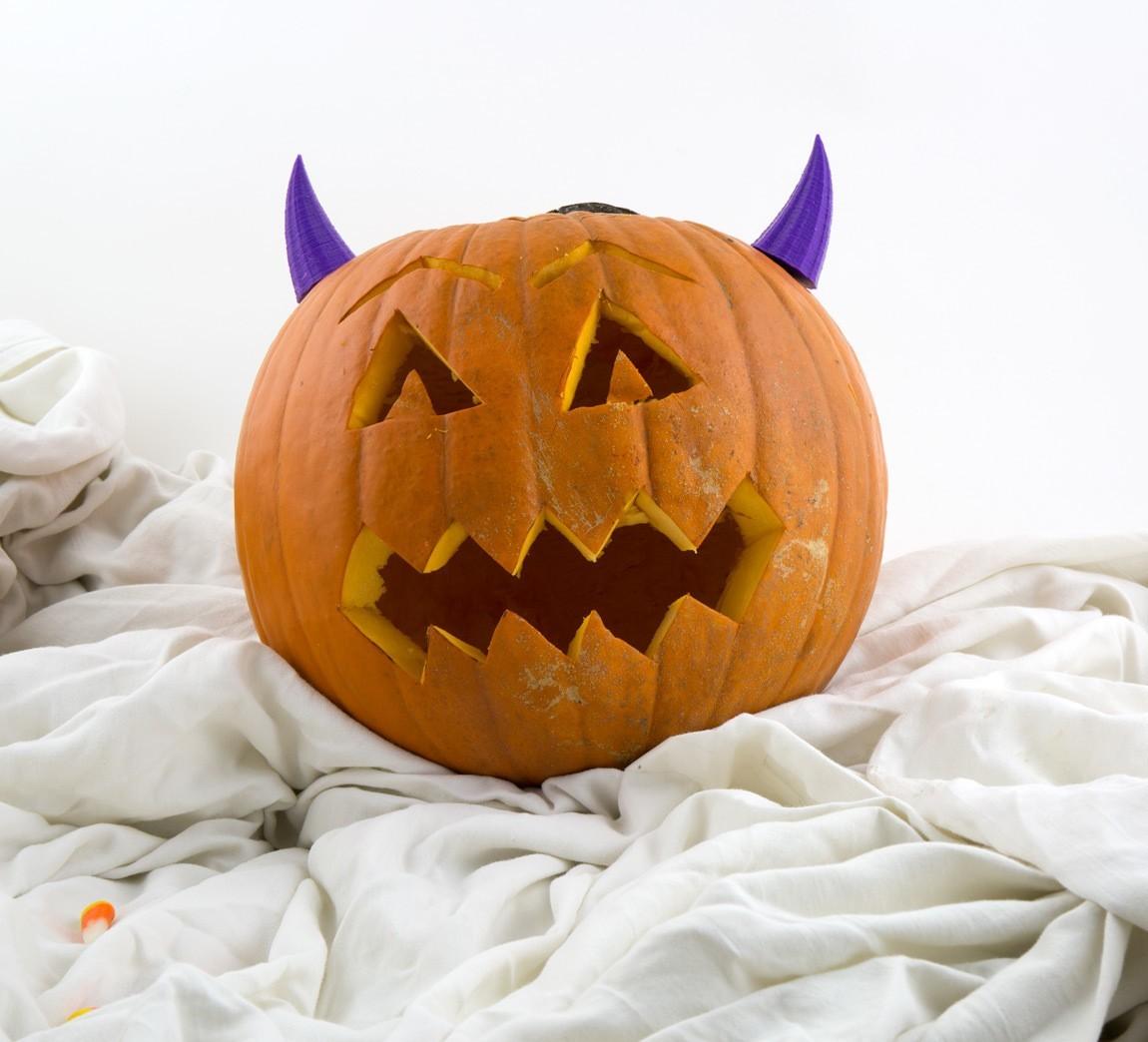 dfddc7458b3bfd7e08034c888a0ce130_1445642370311_NMD000620d.jpg Download free STL file Pumpkin Devil • 3D printing template, Hom3d